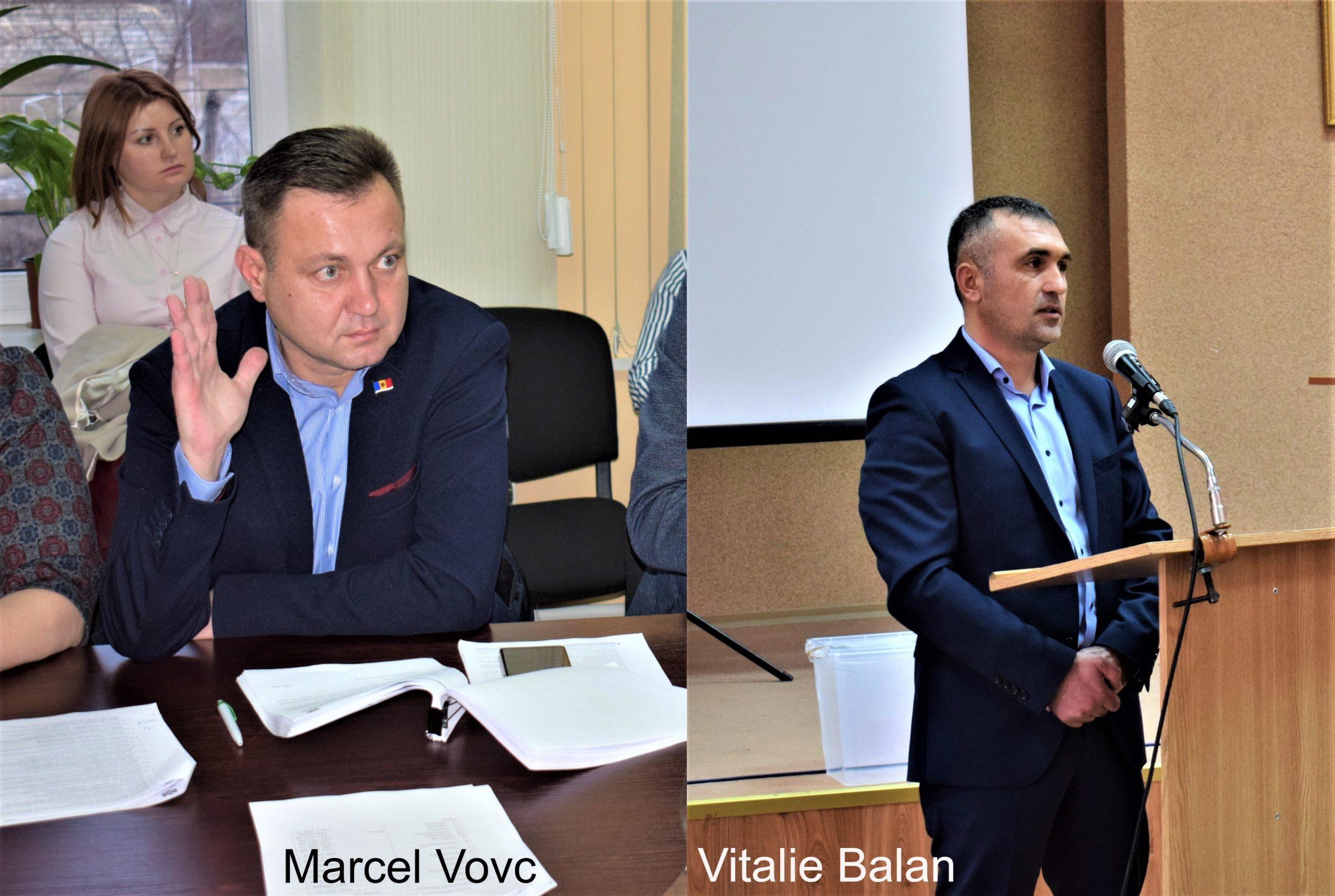 Consilierii Marcel Vovc și Vitalie Balan la ședințele de consilii din Ialoveni
